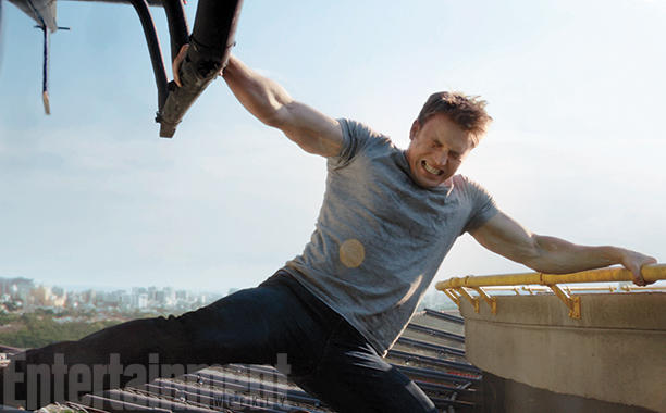 helicopter in stan with Chris Evans Captain America Workout on The Avengers Behind The Scenes Pics From The Film moreover More additionally Did Chris Evans Take Steroids For Captain America furthermore 89961776 additionally Pen drawing i made of owen blue from jurassic.